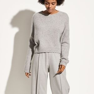 Vince cashmere sweater double seam crew NWT small